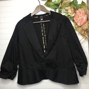 TORRID Black 3/4 Ruched Sleeve Blazer sz 1 Plus Sz